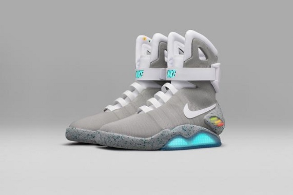 nike rouge et blanche marty mcfly